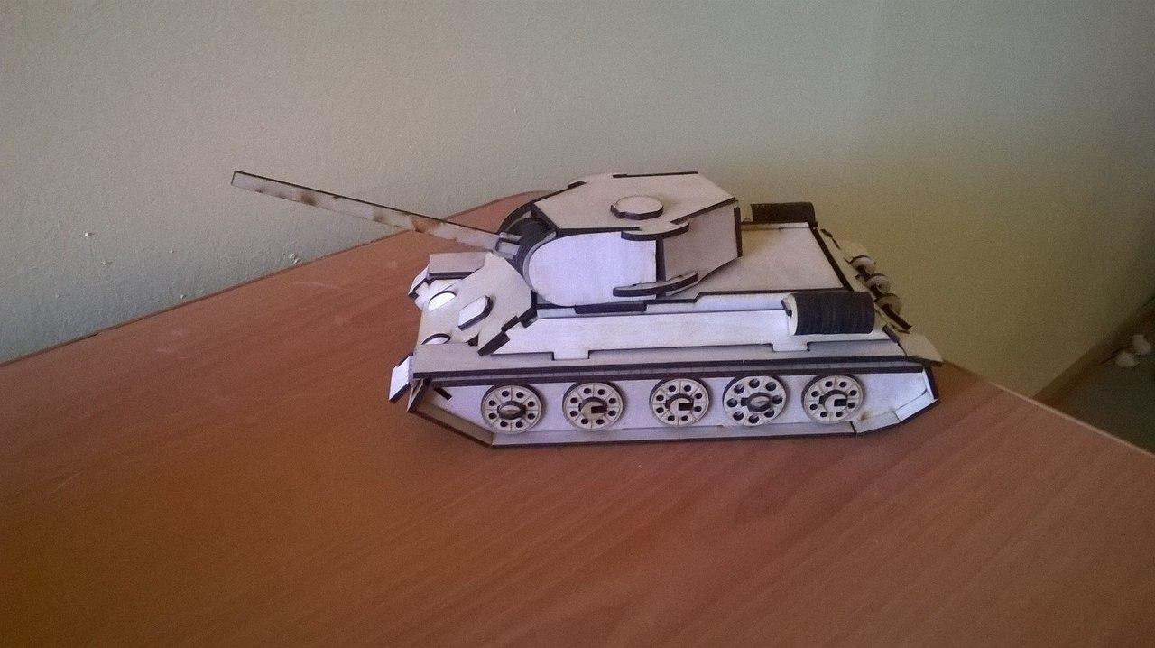 3 Mm T-34 Tank Free CDR Vectors Art