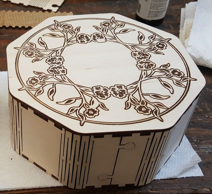 Cnc Laser Cutting Wood Gift Box Free DXF File
