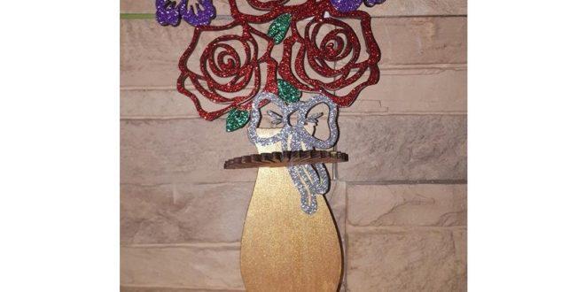 Laser Cutter Napkin Holder Roses In A Vase Free CDR Vectors Art