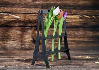 Eiffel Tower Flower Holder Free CDR Vectors Art