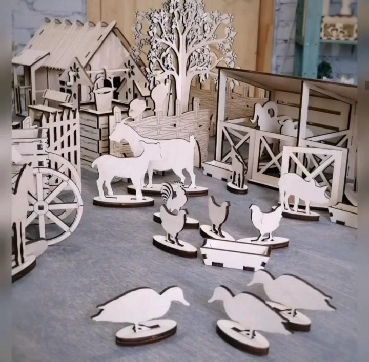 Laser Cut Wooden Farmhouse Toy Farm Animals Free CDR Vectors Art