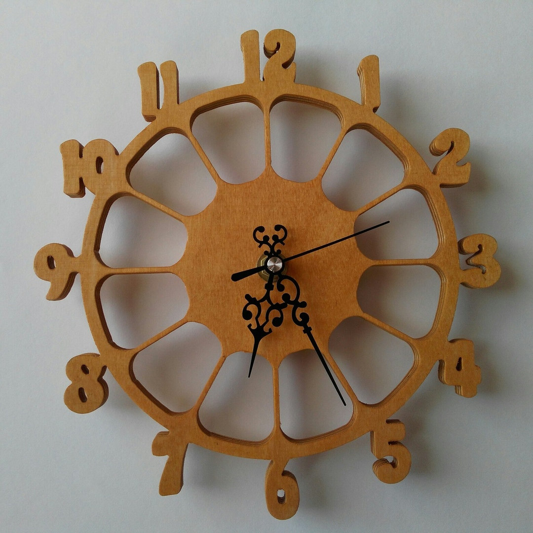 Laser Cut Wooden Chasy Wall Clock Free DXF File