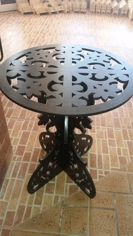 Wooden Round Table Free DXF File