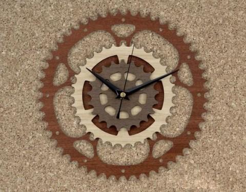 Wooden Gear Clock Cnc Free CDR Vectors Art