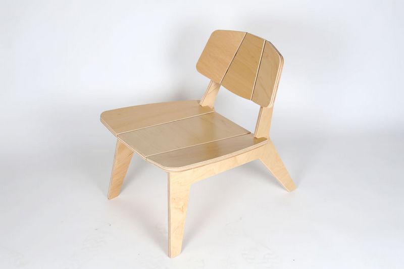 Chair p9l Free CDR Vectors Art