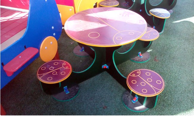 Table And 4 Highchairs For Children Free CDR Vectors Art