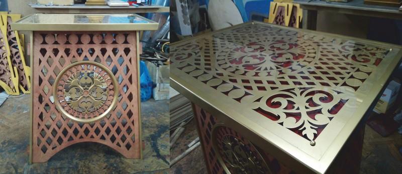 Beautiful Open Work Table Free CDR Vectors Art