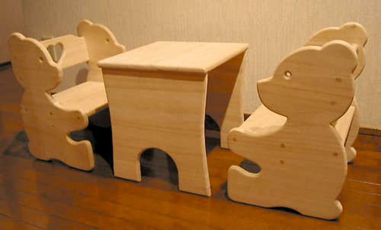 Children Table With Bear Bench Free CDR Vectors Art