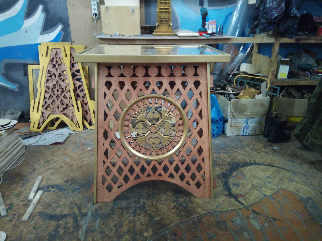 Laser Cut Stylish Openwork Table Free DXF File