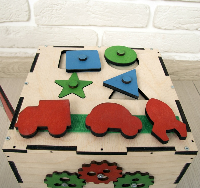 Busy Cube Wood Gift Wooden Toy Free CDR Vectors Art