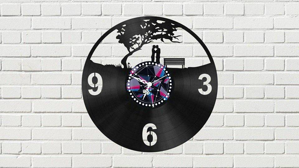 Laser Cut Vinyl Clock With Couple Free CDR Vectors Art