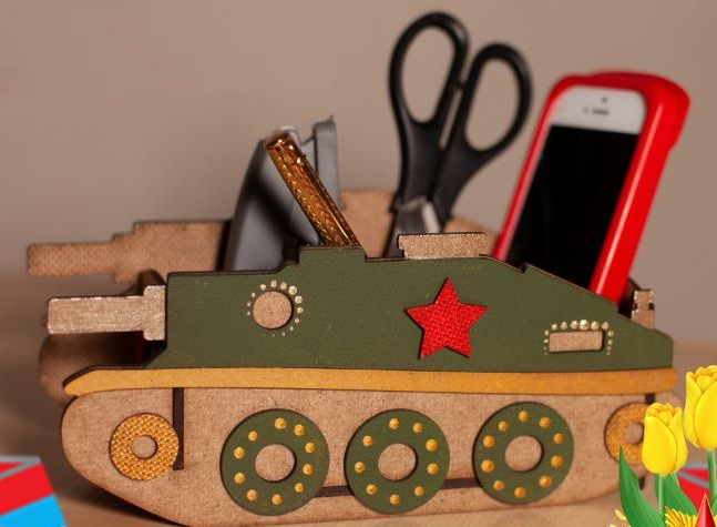 Laser Cut Wood Tank Shape Desk Organizer Free CDR Vectors Art