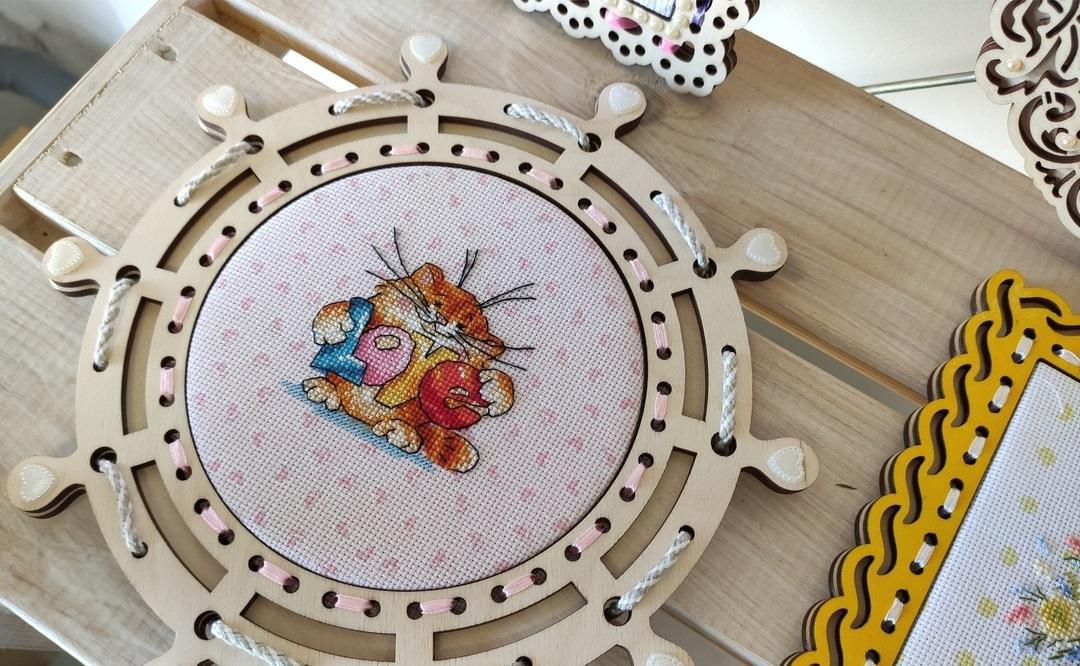Laser Cut Nautical Ship Wheel Frame Wall Decor Free CDR Vectors Art