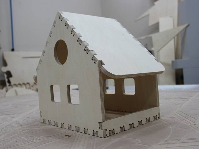 Wooden Bird Feeder House Free DXF File