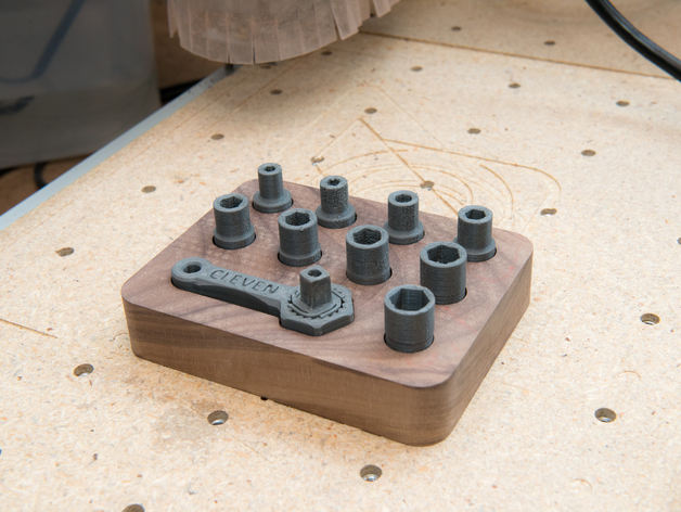 Socket Wrench And Socket Holder Wooden Stand Free DXF File