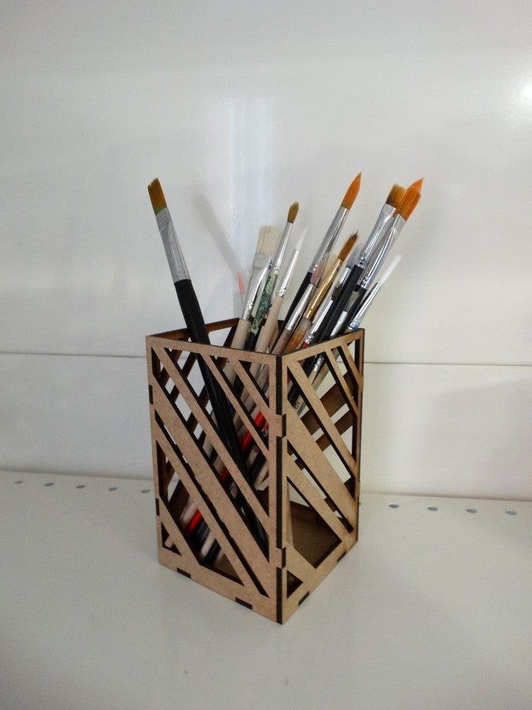 Laser Cut Modern Pencil Holder For Office Table 3mm Free DXF File