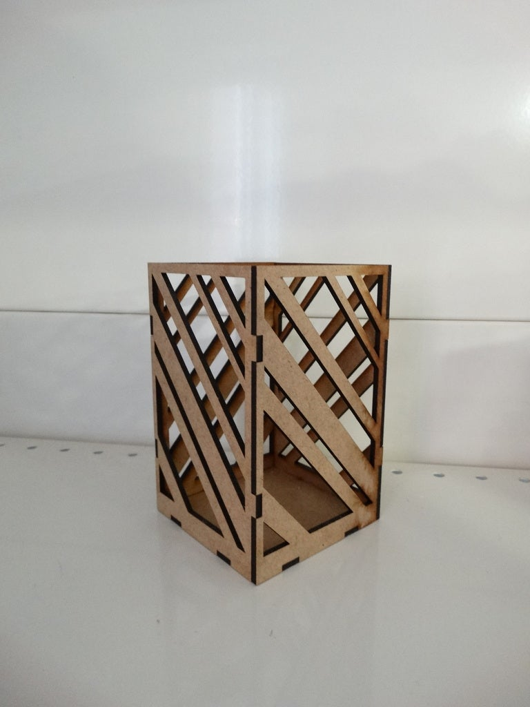 Modern Pencil Holder For Office Table 3mm Free DXF File
