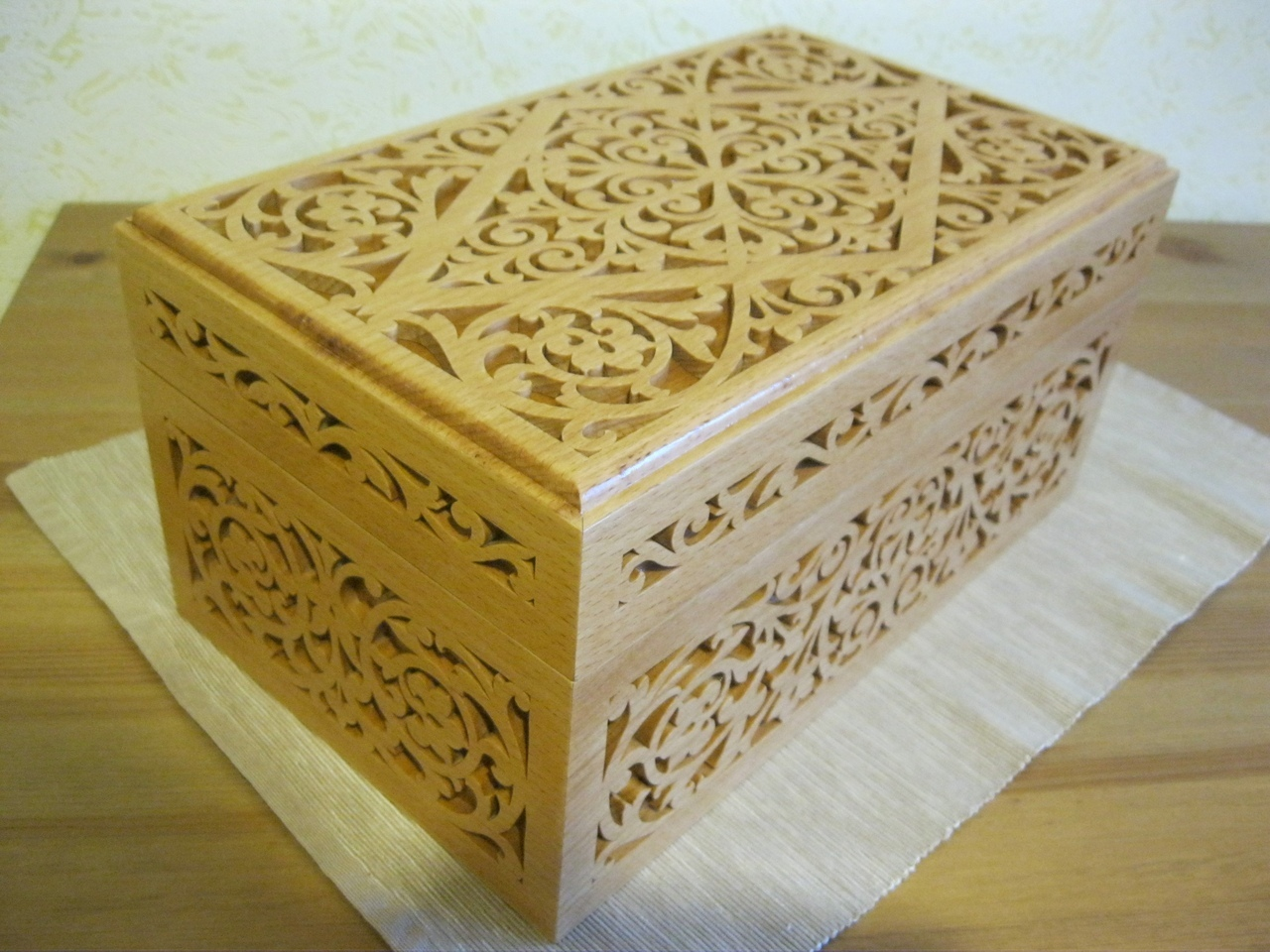 Laser Cut Decorative Wooden Box 6mm Free CDR Vectors Art