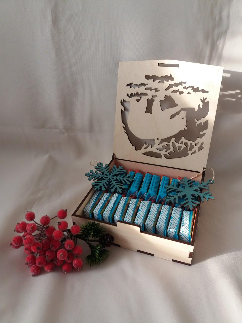 Folding Lid Candy Box Plywood 4mm Free CDR Vectors Art