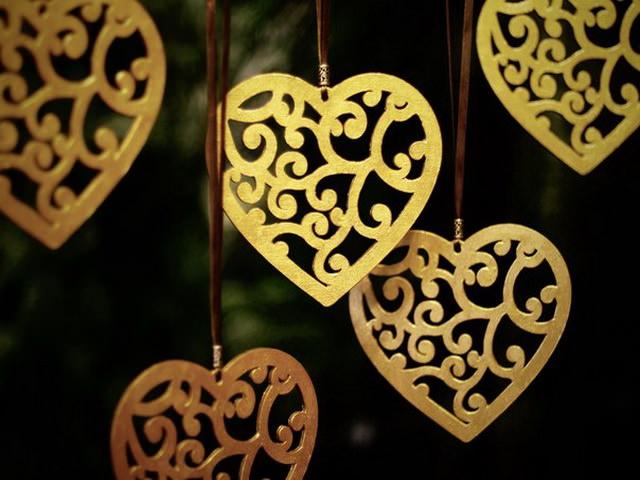 Laser Cut Heart Pendant Valentines Day Decor Free CDR Vectors Art