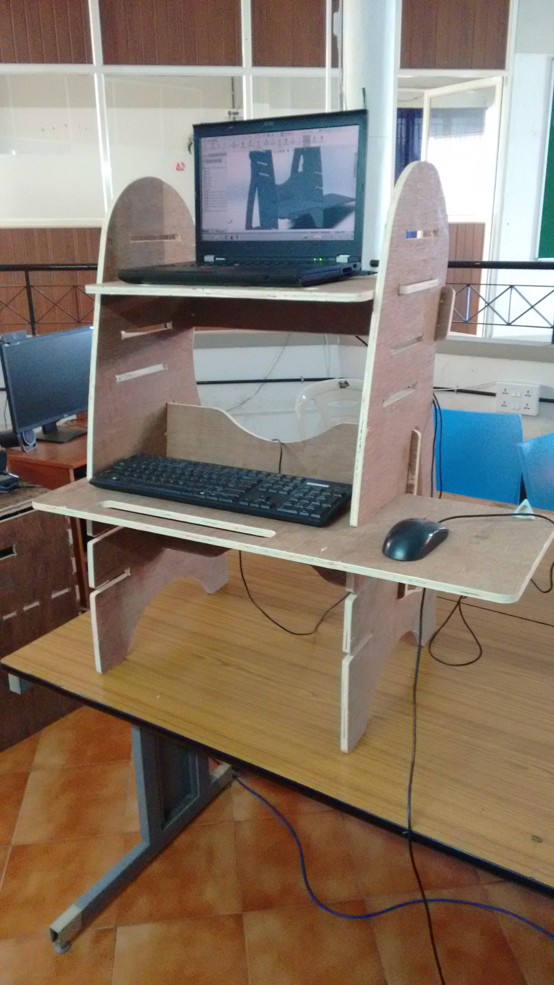 Standing Laptop Table Free DXF File