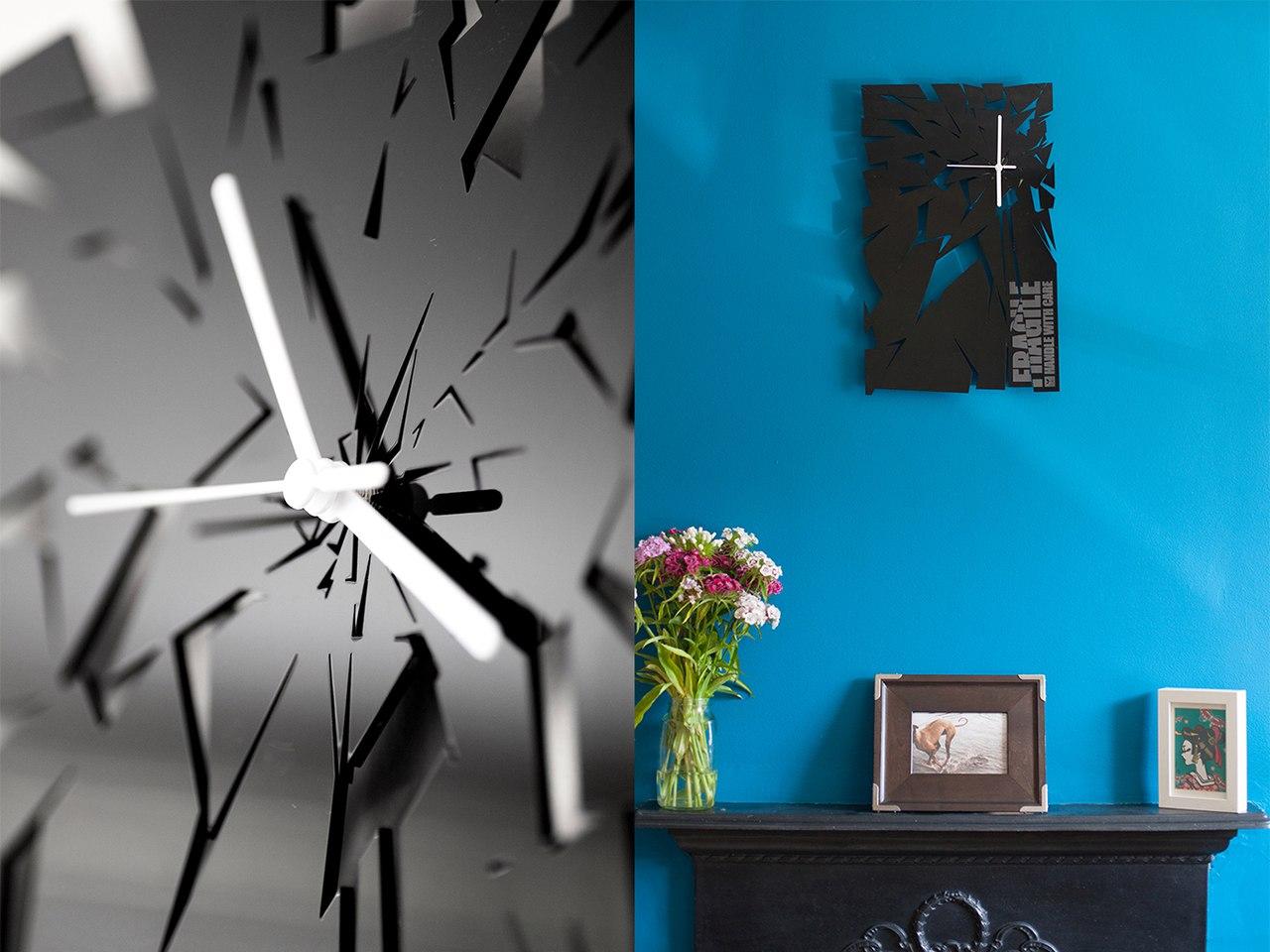 Broken Dial Wall Clock Free CDR Vectors Art