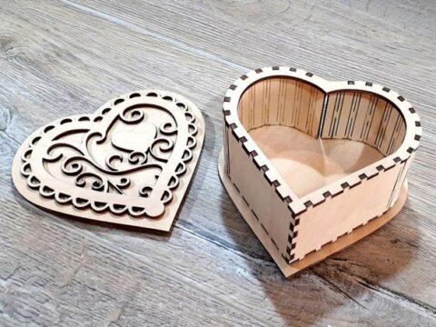 Heart Box With Lid Free CDR Vectors Art