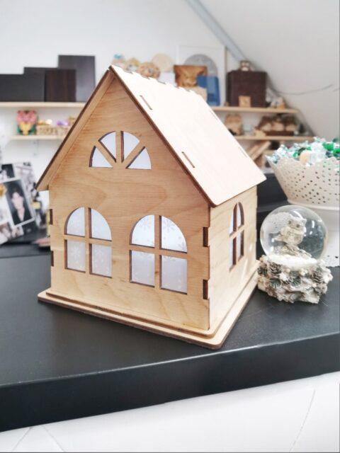 Small Wooden Decorative House 4mm Free CDR Vectors Art