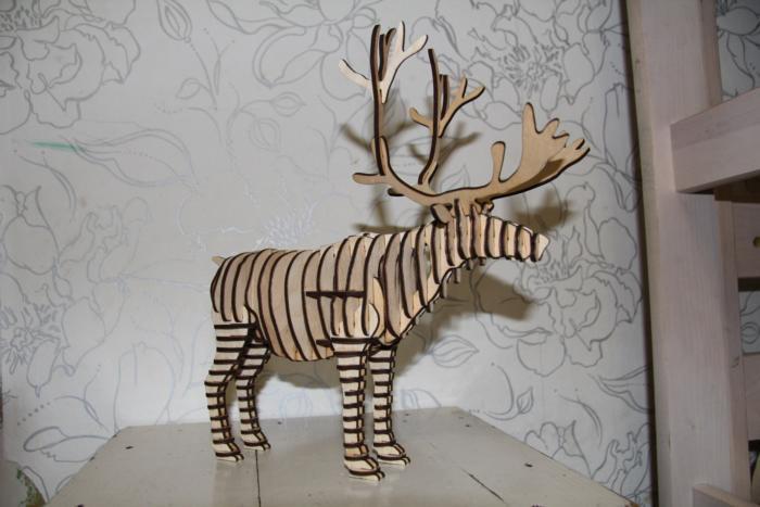 Laser Cut Reindeer 3d Animal Free CDR Vectors Art