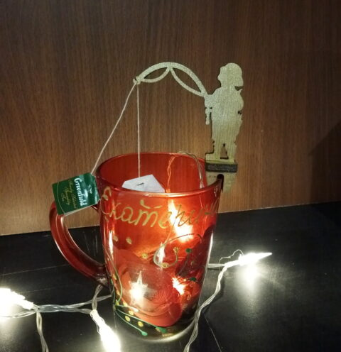 Laser Cut Cute Mug Hanging Tea Bag Holders Free CDR Vectors Art
