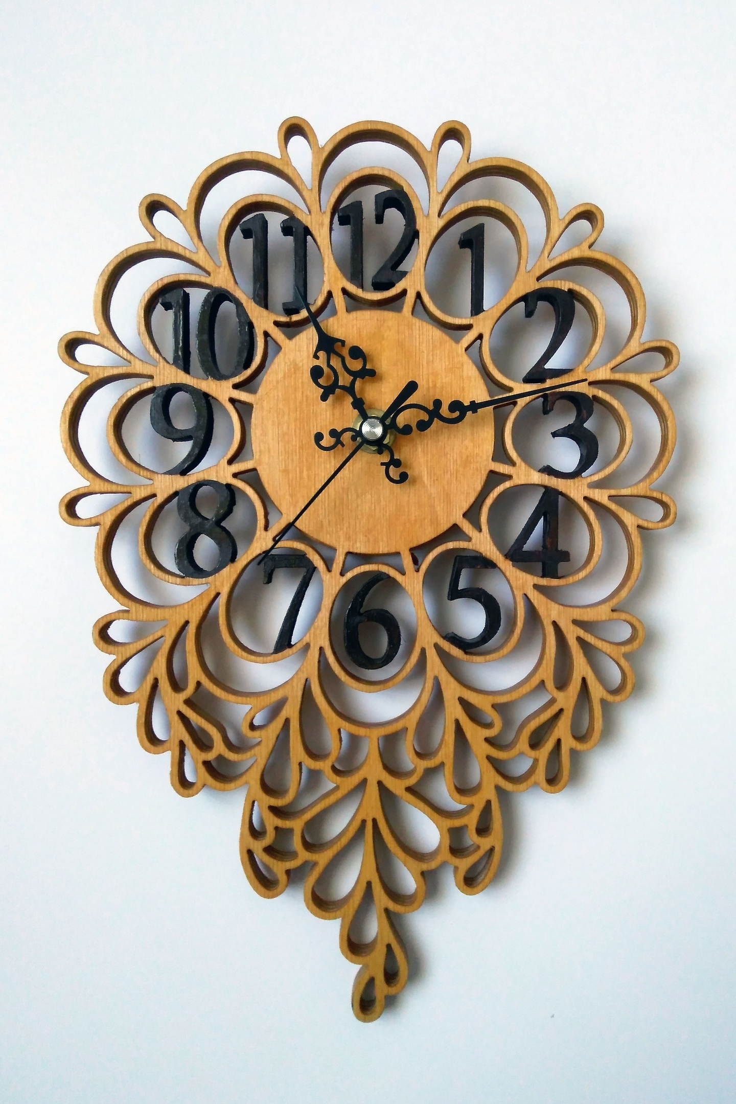 Laser Cut Decorative Wooden Wall Clock Free DXF File