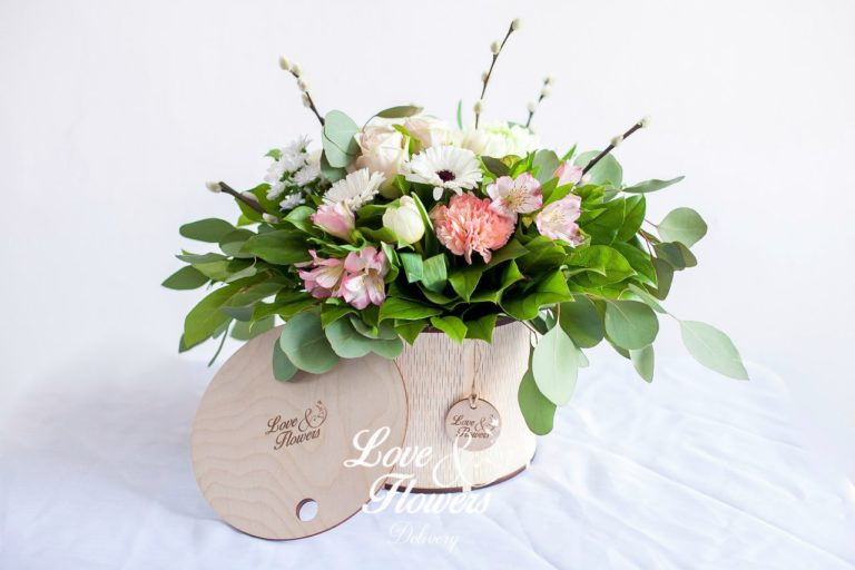 Laser Cut Wooden Round Flower Box With Lid 4mm Free CDR Vectors Art