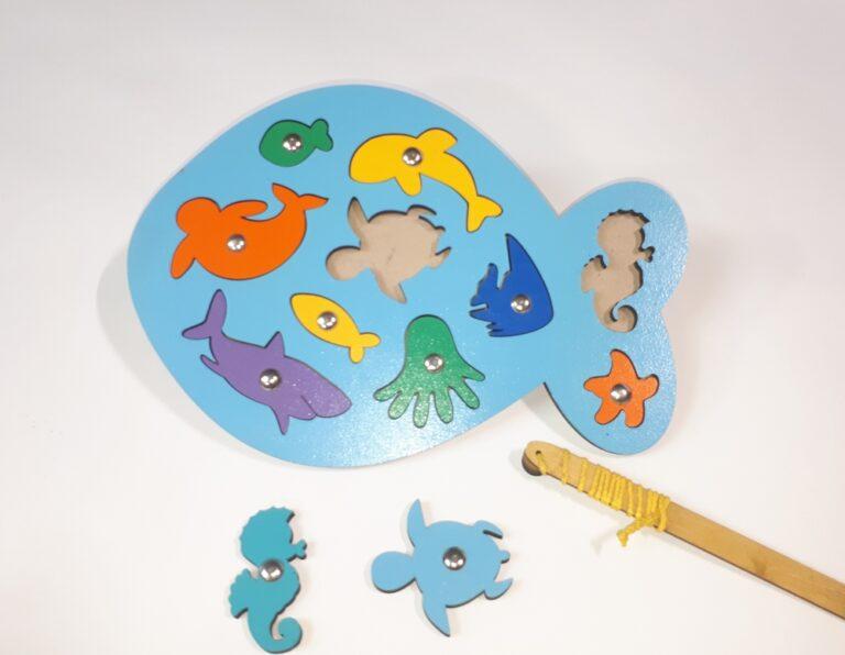 Laser Cut Wooden Fish Peg Puzzle Educational Toy Sea Creature Peg Puzzle Free CDR Vectors Art