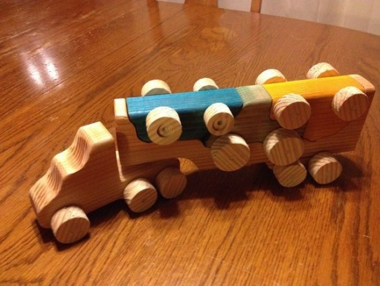 Wooden Toy Truck With Removable Toy Cars Laser Cut Template Free CDR Vectors Art