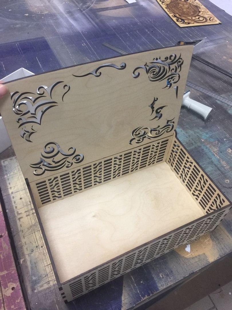 Laser Cut Decorative Tea Box With Tea Kettle Teapot Drawing Engraving Vectors Free CDR Vectors Art