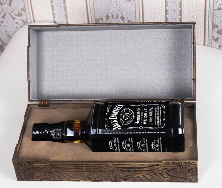Laser Cut Engraved Daniels Whiskey Wooden Box Free CDR Vectors Art