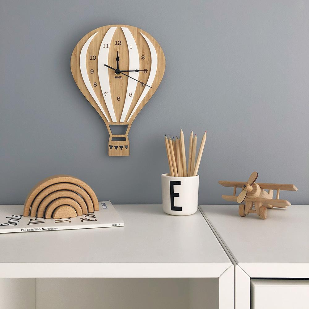 Laser Cut Model Of A Clock In The Shape Of A Balloon Free CDR Vectors Art