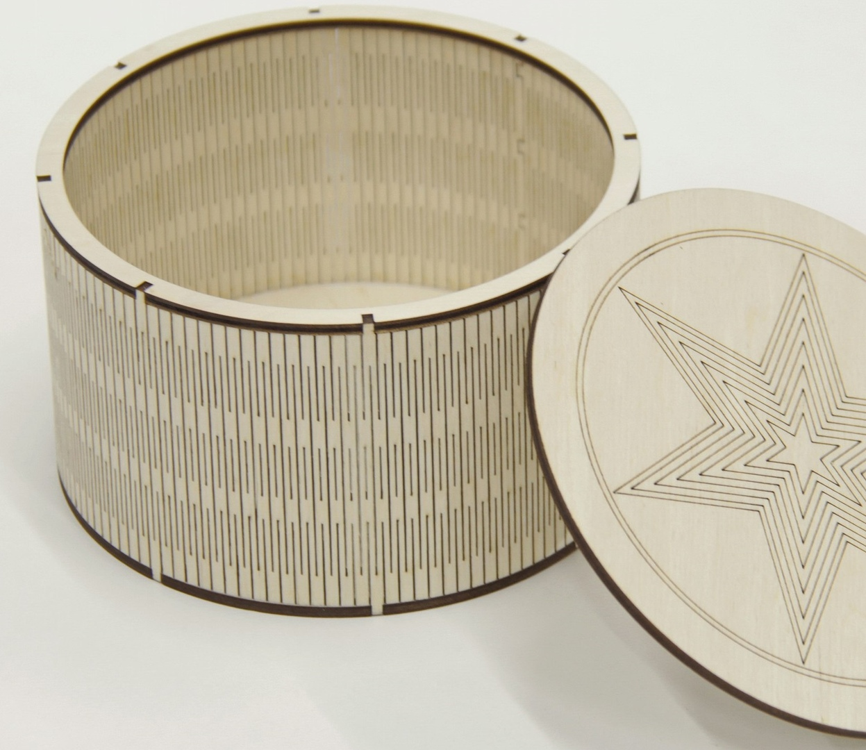 Laser Cut Round Wood Box With Lid Living Hinge Box Free CDR Vectors Art