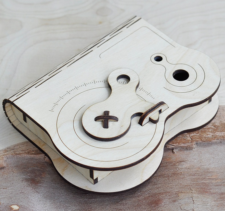 Wooden Box With Rotary Latch Free CDR Vectors Art