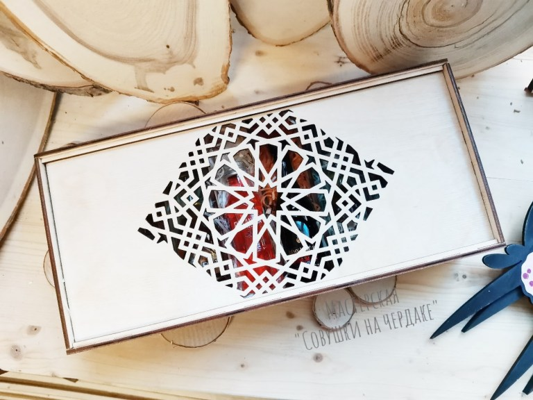 Box Case For New Year Gift For Laser Cutting Free CDR Vectors Art