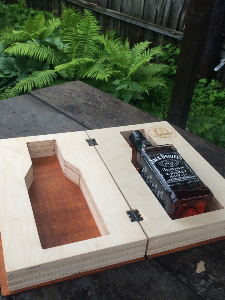 Whiskey Box Book Drawing For Laser Cutting Free CDR Vectors Art