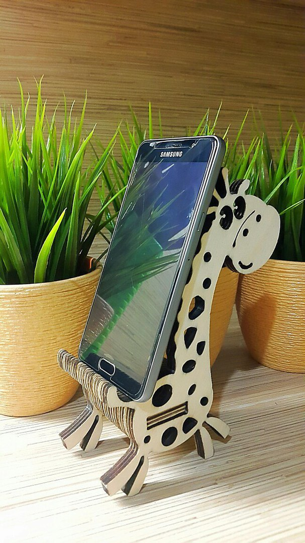 Giraffe Shaped Phone Stand For Laser Cutting Free CDR Vectors Art