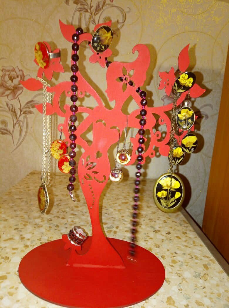 Lady Jewelry Stand For Laser Cutting Free CDR Vectors Art