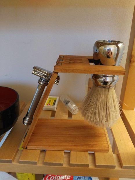 Laser Cut Wooden Shaving Stand Free CDR Vectors Art