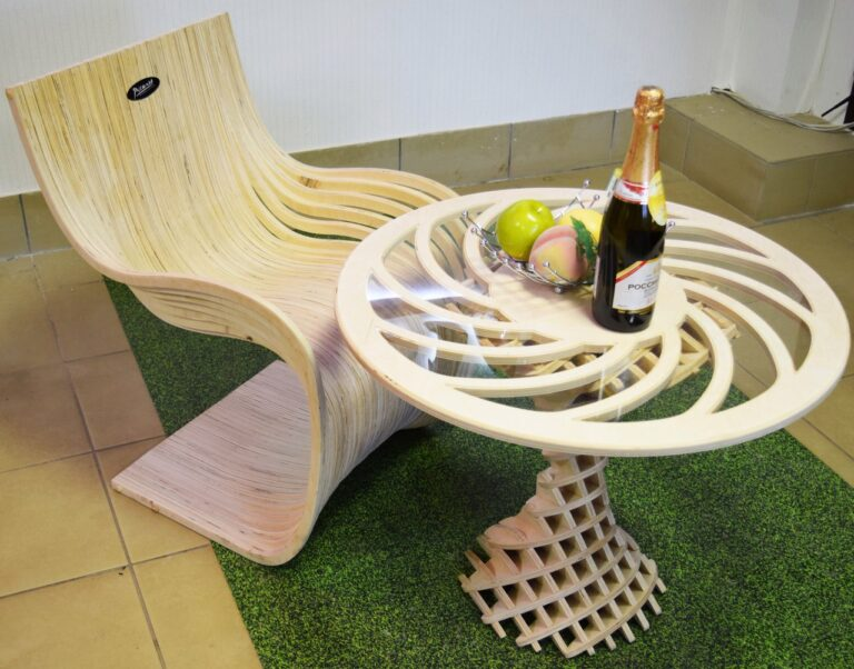 Table With Parametric Chair For Laser Cut Free CDR Vectors Art