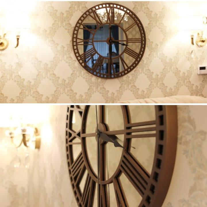 Clock Wooden Chasy Bronza Free CDR Vectors Art