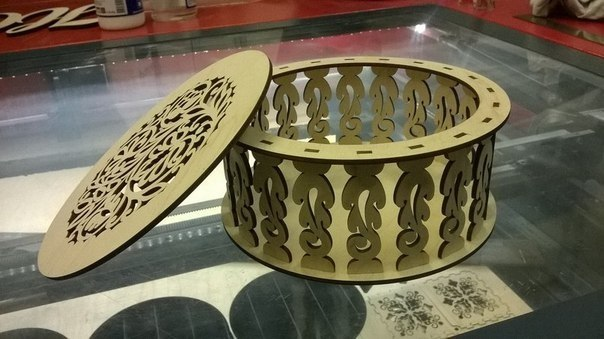 Kruglaya Shkatulka Laser Cut Box Free CDR Vectors Art