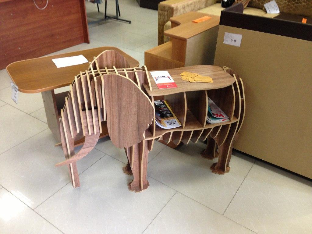 Elephant 3d Bookshelf Free CDR Vectors Art