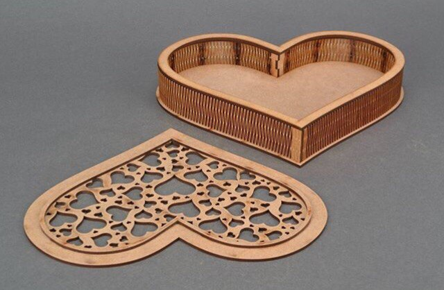 Heart Shape Lasercut Box Shkatulka Serdtse Free CDR Vectors Art