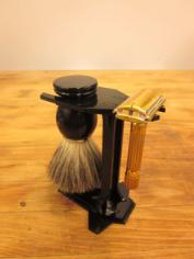 Laser Cut Shave Stand DIY Free CDR Vectors Art